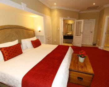 Dullstroom Luxury Hotel Suites