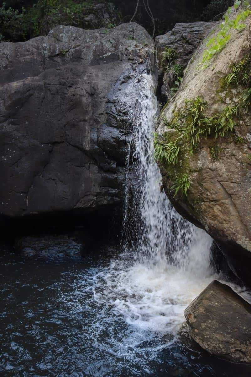 Walkersons Canyon Cottage waterfall